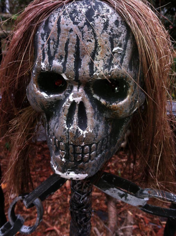 Creepy Halloween Skull Decorations