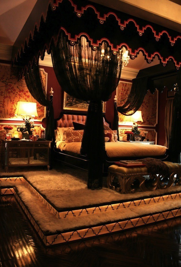 Burlesque Bedroom Design
