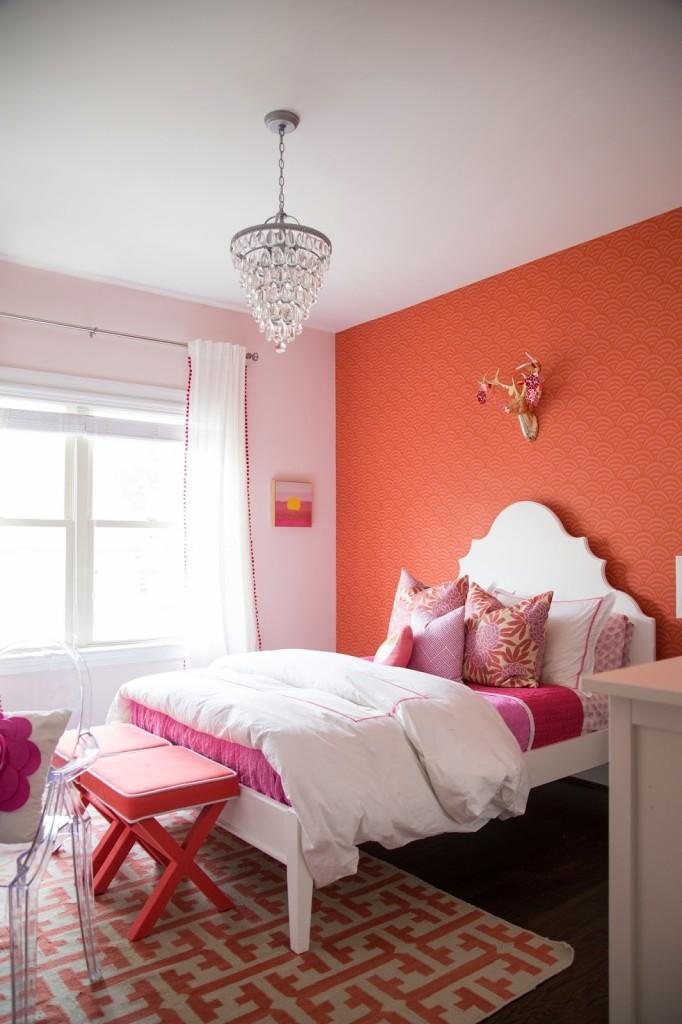 Tween Girl Coral Bedroom Design