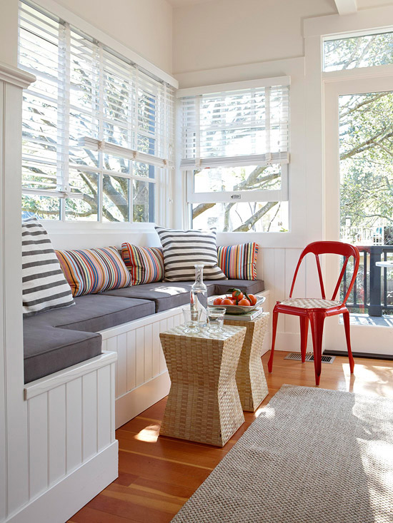 Small Living Room Window Seat