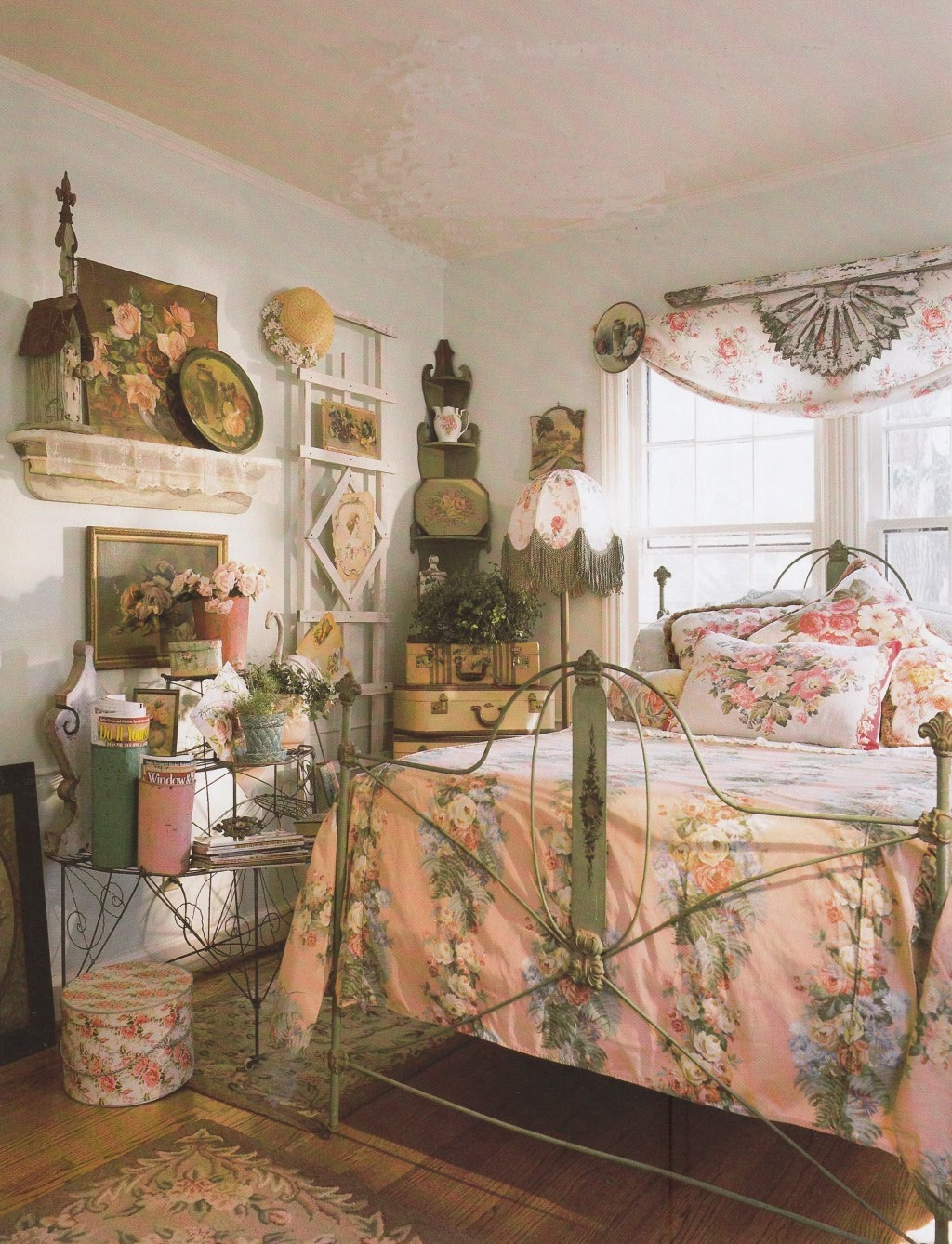 Vintage Cottage Bedroom Decorating Ideas