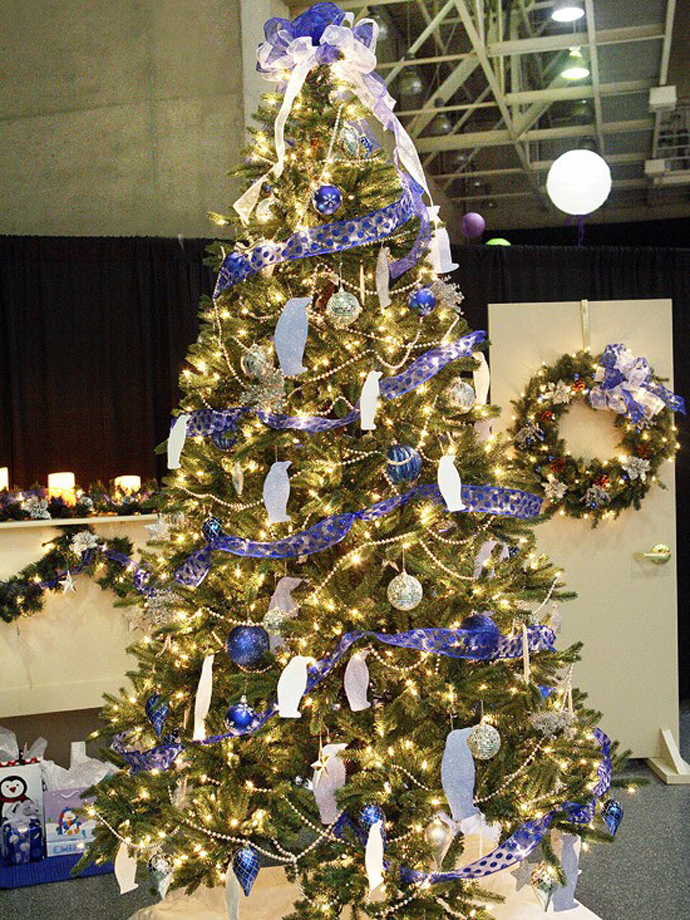 Blue and Silver Christmas Tree Ideas 2016
