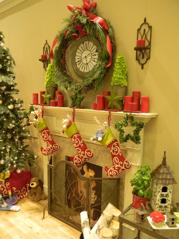 appealing-christmas-mantel-ideas