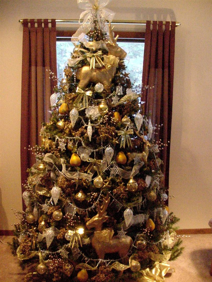 brown-and-gold-christmas-tree-fine-idea