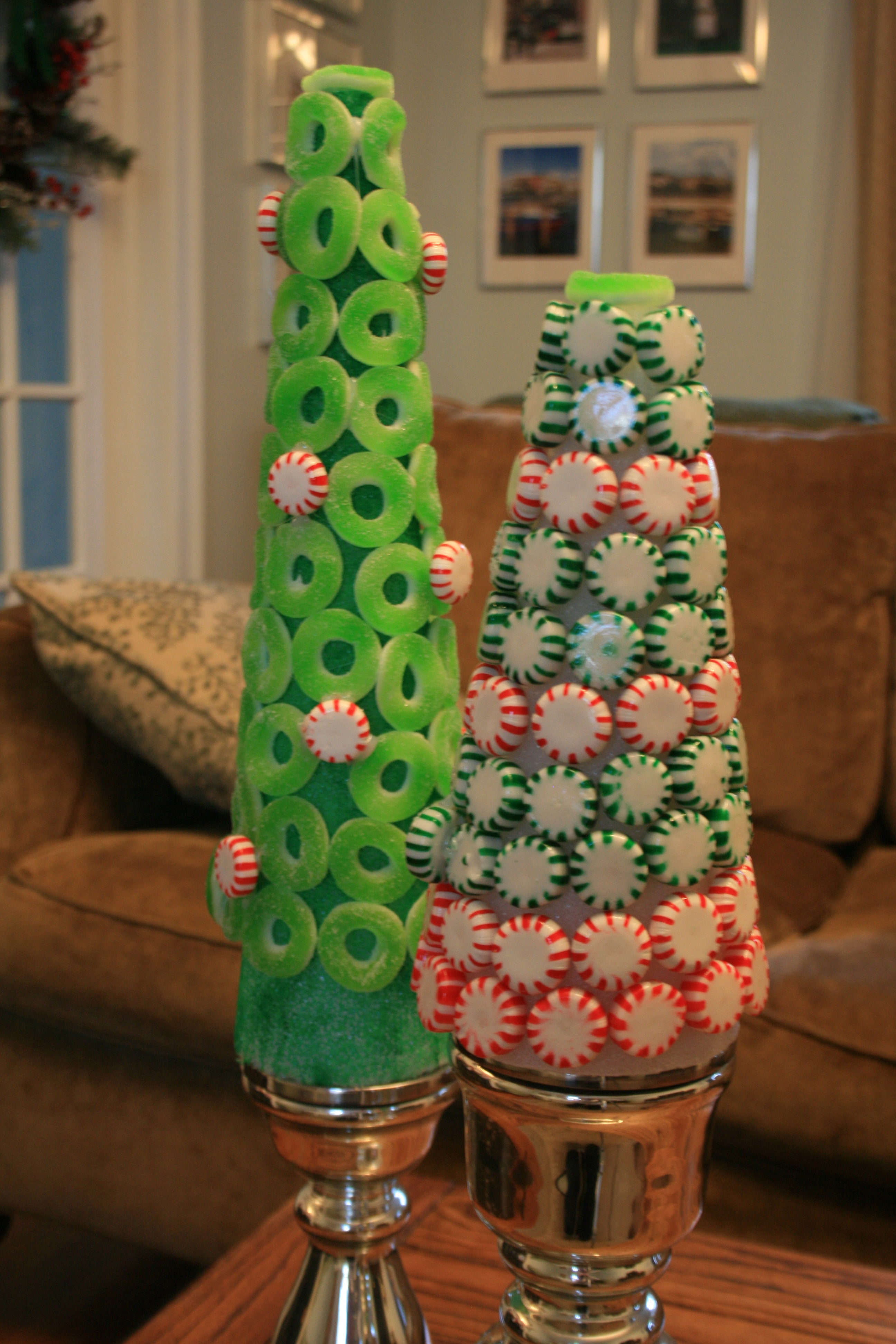 candyland-christmas-tree-decorations-fine-design