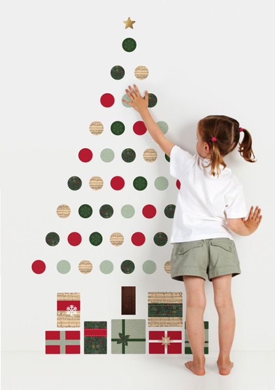 christmas-diy-tree-wall-decal