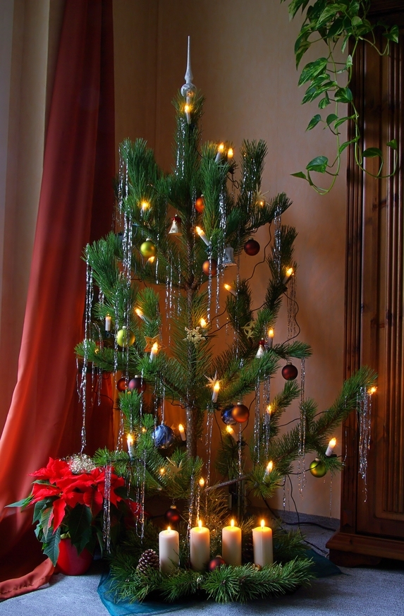 christmas-tree-decorating-with-bows-ideas