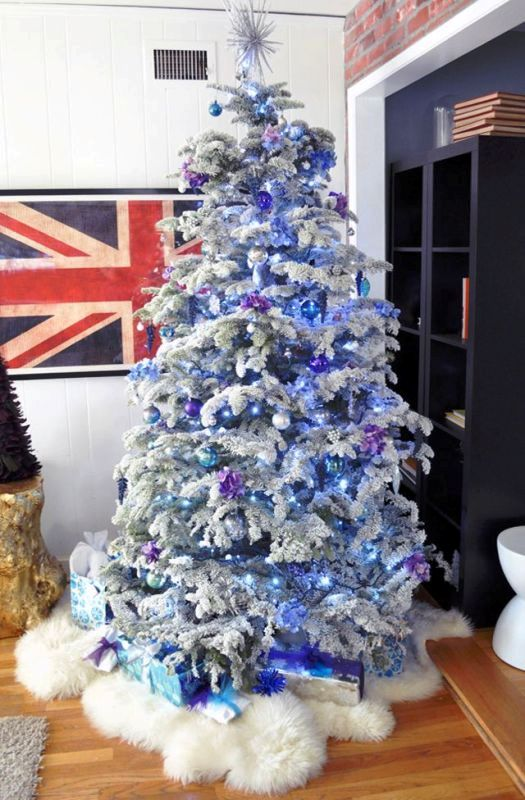 christmas-tree-with-purple-blue-and-white