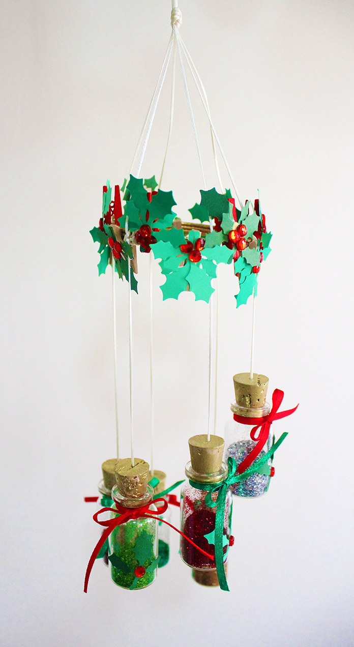 diy-christmas-decorations-hanging-from-ceiling