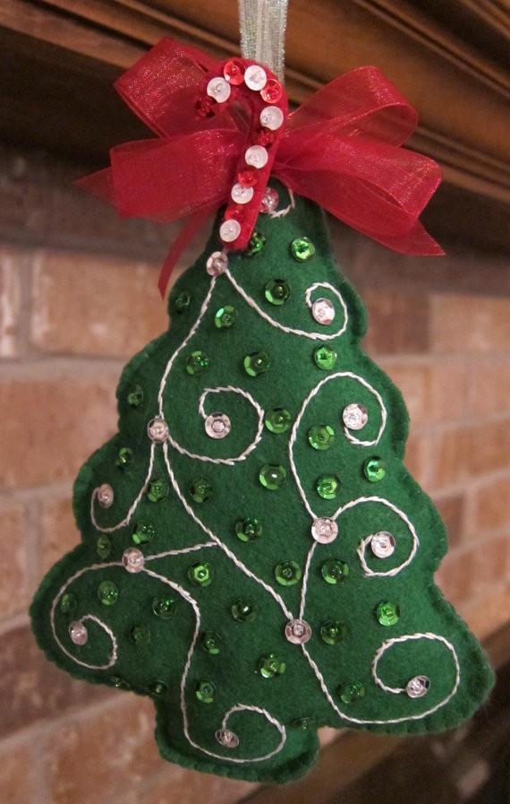 handmade-felt-christmas-ornament-tree