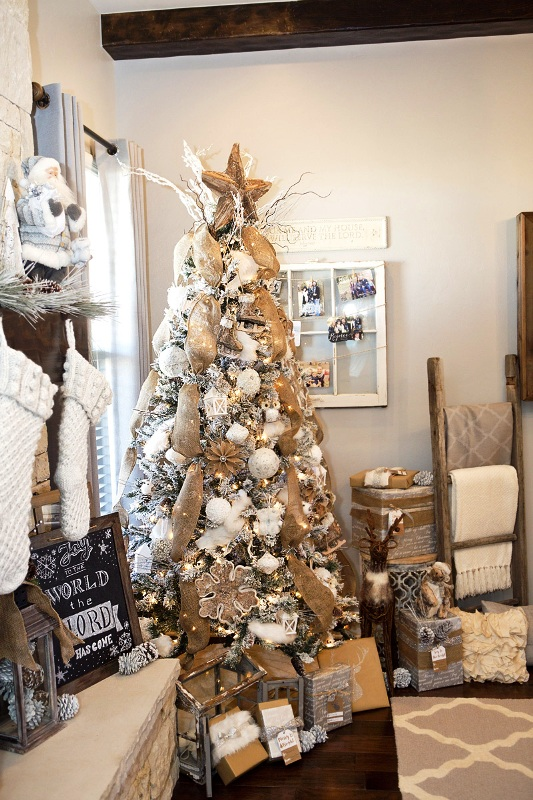 how-to-decorate-a-rustic-christmas-tree