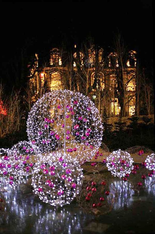 paris-champs-elysees-christmas-lights