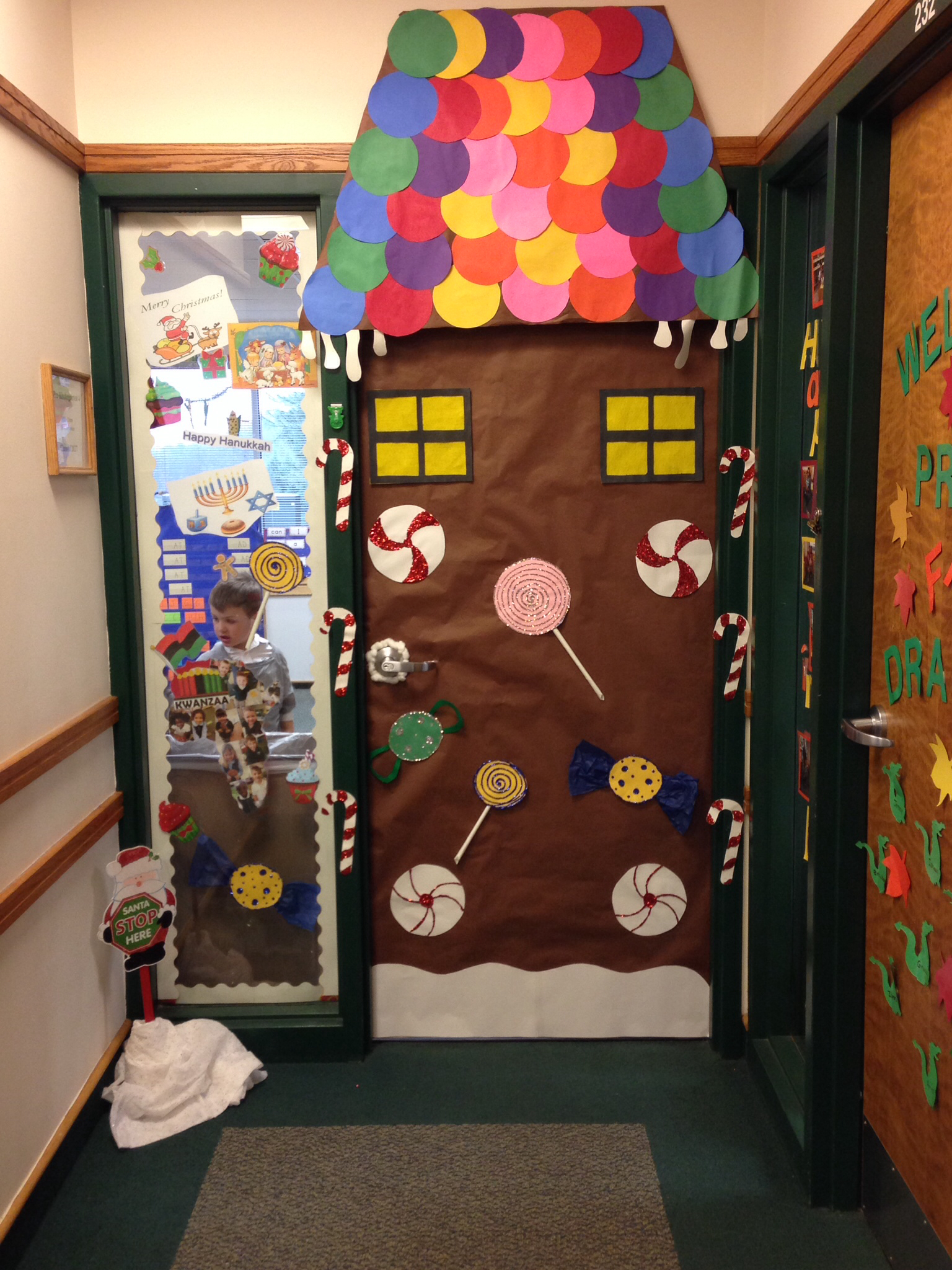 pinterest-classroom-christmas-decorations