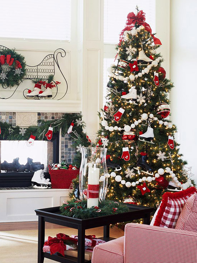 red-christmas-tree-decorating-ideas
