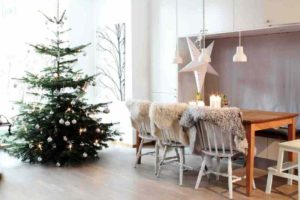 25 Scandinavian White Christmas Decorations Ideas