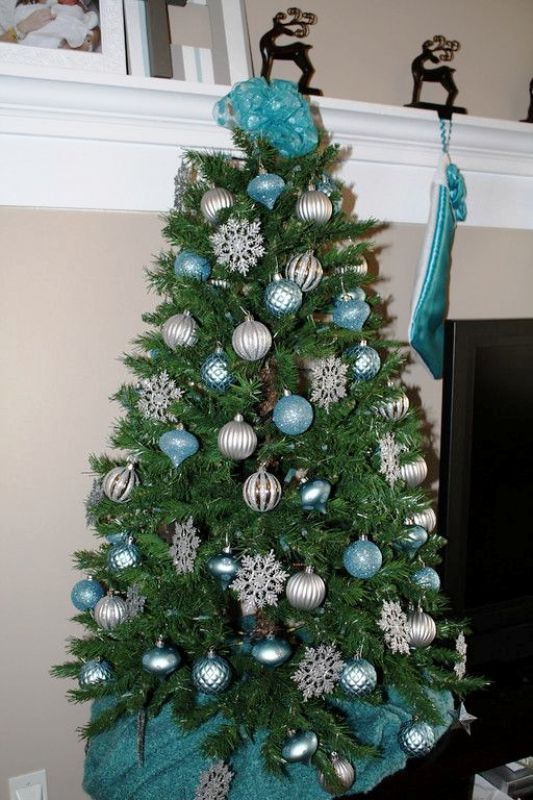 turquoise-and-copper-christmas-tree-fine-design