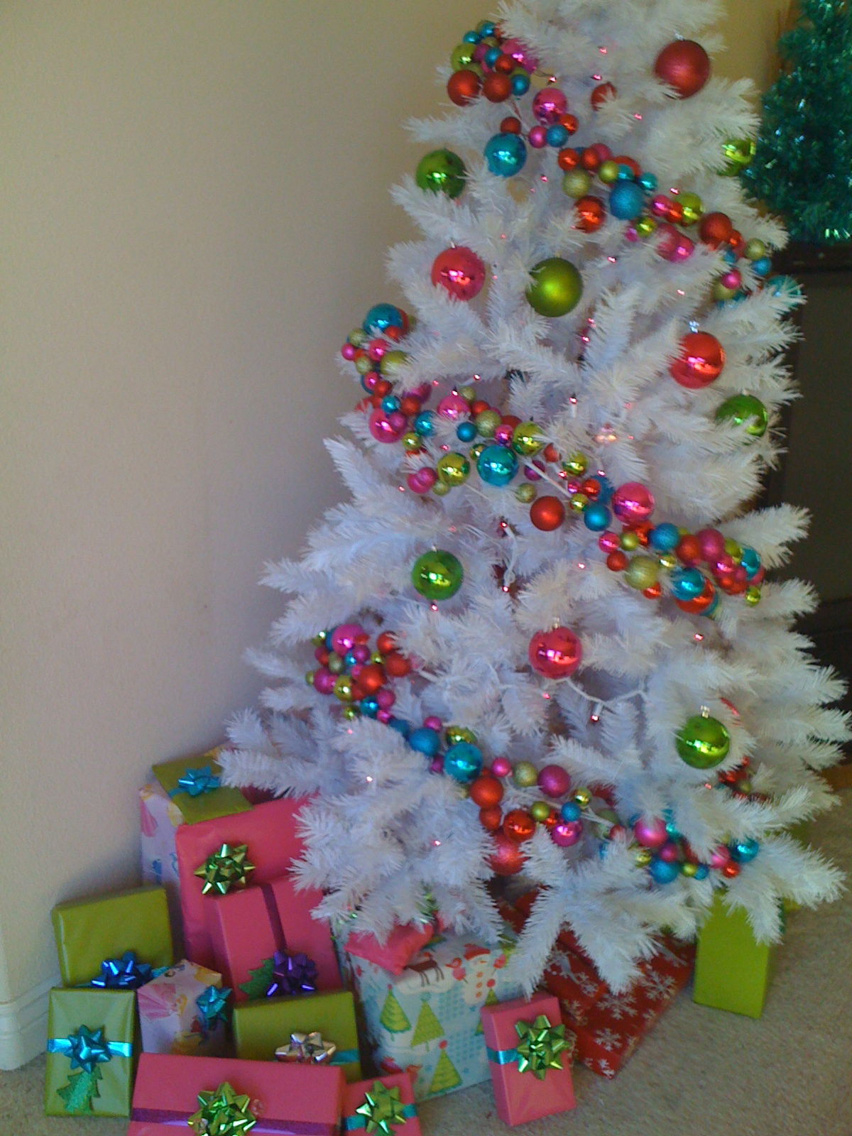 white-christmas-tree-with-bright-colors