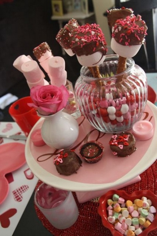 cool-valentine-table-centerpieces-ideas
