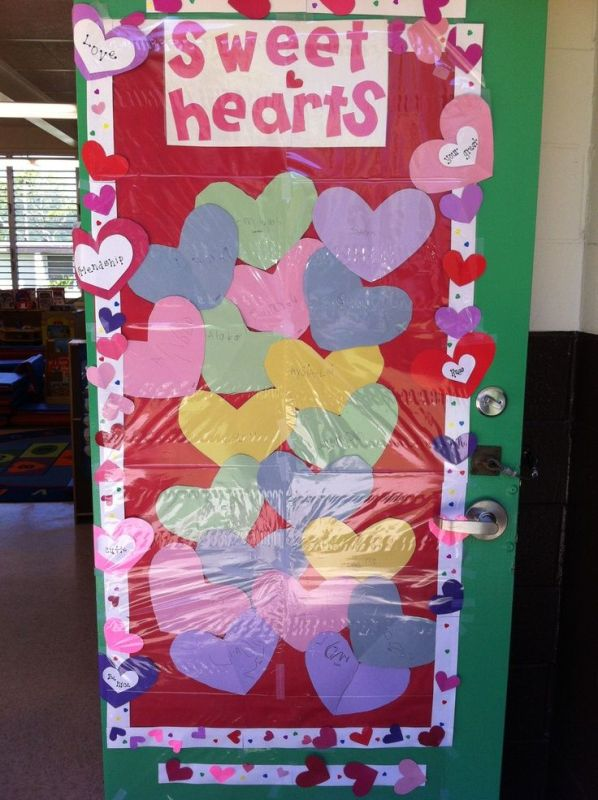 preschool-valentines-door-decoration