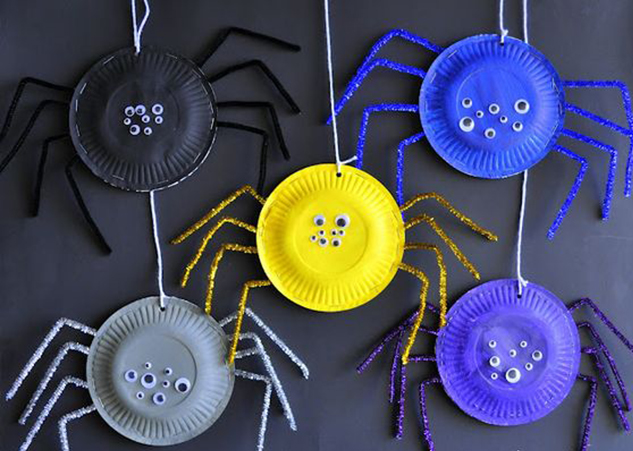 Spiders made with disposable plates 40