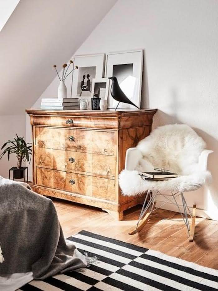 16 – Furniture with a strong personality 1