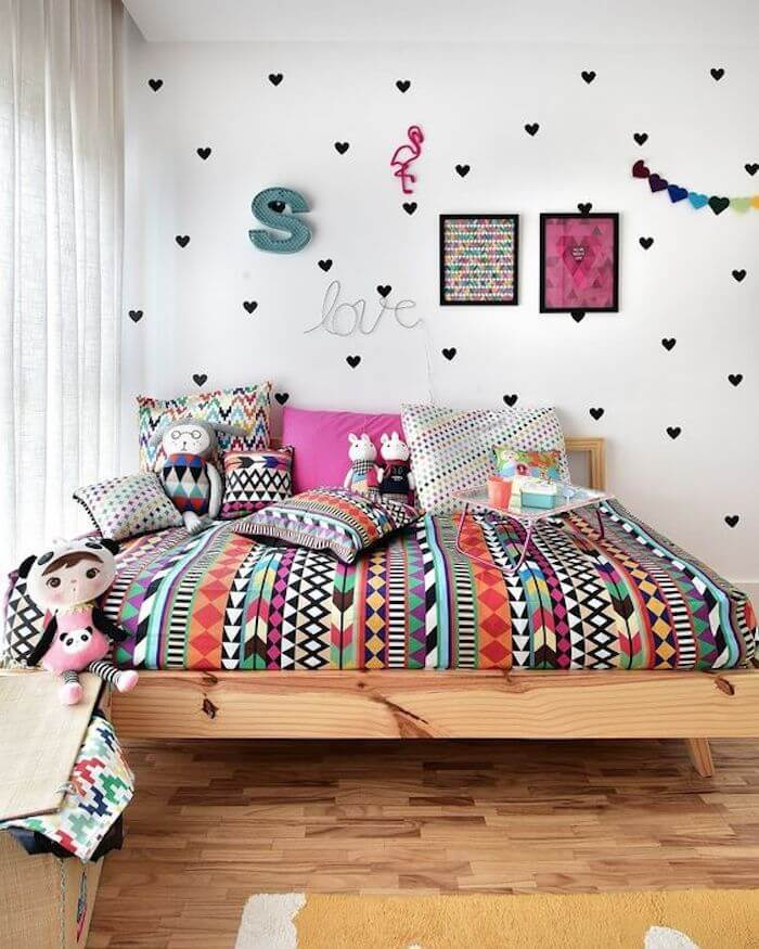 4 – Wall stickers