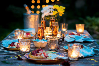 Lovely Table Ideas for a Birthday Dinner at Home 1